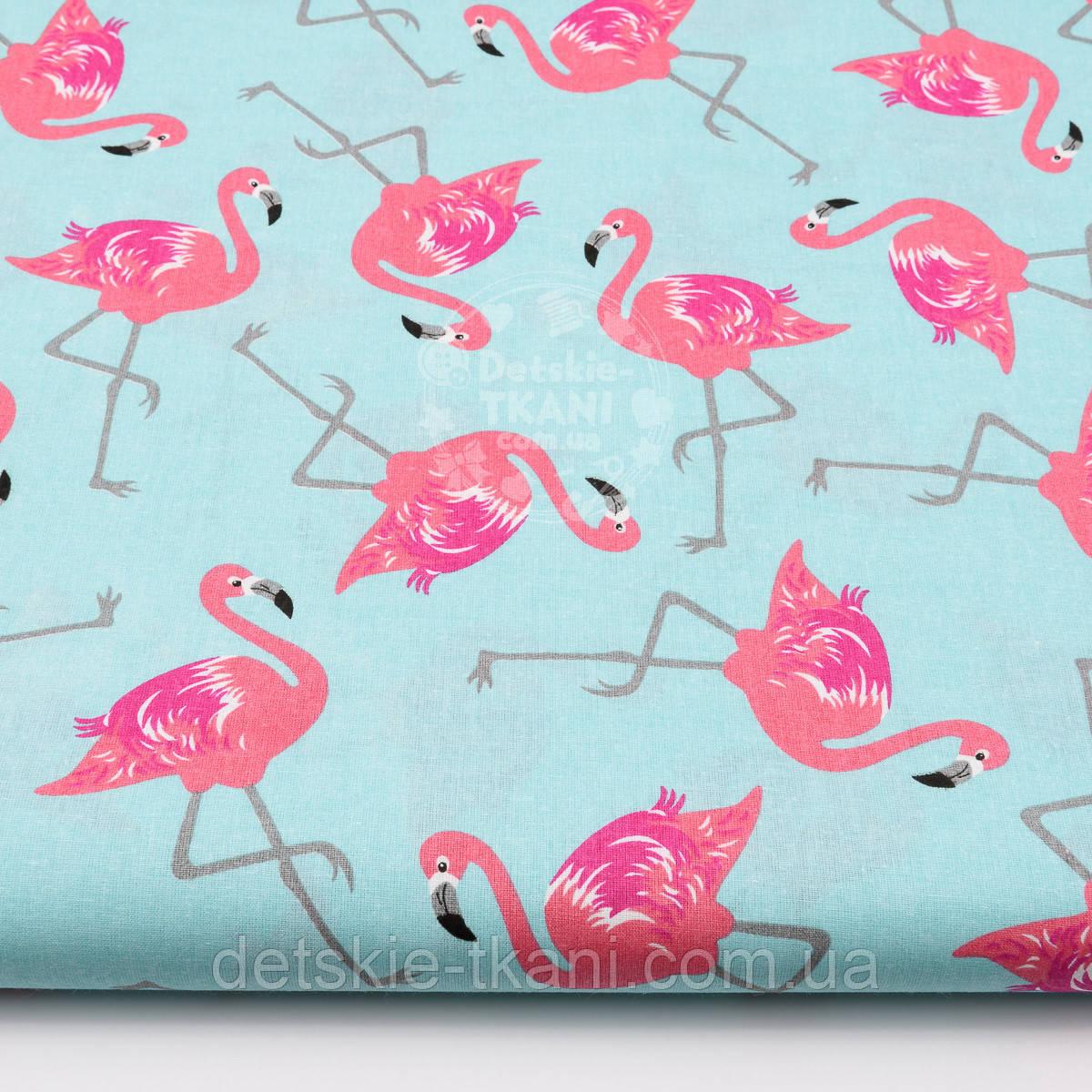 Ткань хлопковая с малиновым фламинго на мятном фоне (№ 1477)