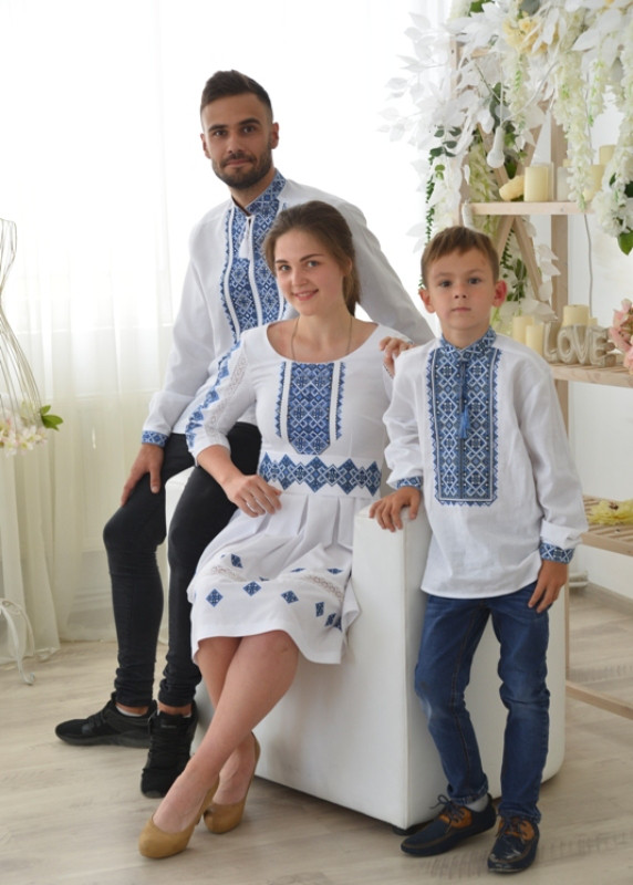 Комплект вишиванок для сім'ї Либідь-Хорив