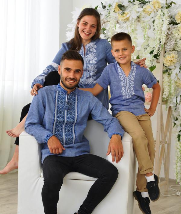 Комплект вишиванок для сім'ї на джинс-льоні
