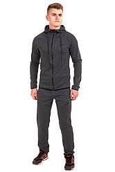 Мужской спортивный костюм серого цвета с капюшеном бренда Atletic от производителя AV Sportswear