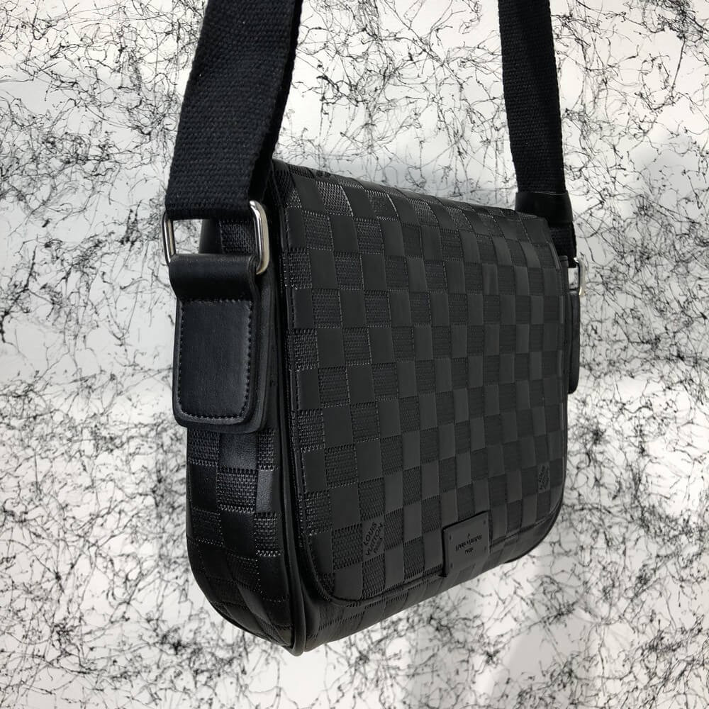 Мужская сумка Louis Vuitton District MM Damier Infini Копия  продажа ... 1bff669c27c