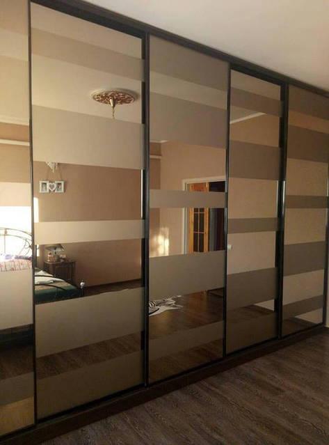 Шкаф в спальню с комбинированным стеклом 12