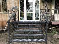 Монтаж металлических лестниц