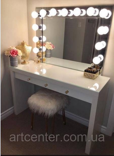 Туалетный столик, стол для парикмахера, визажный стол