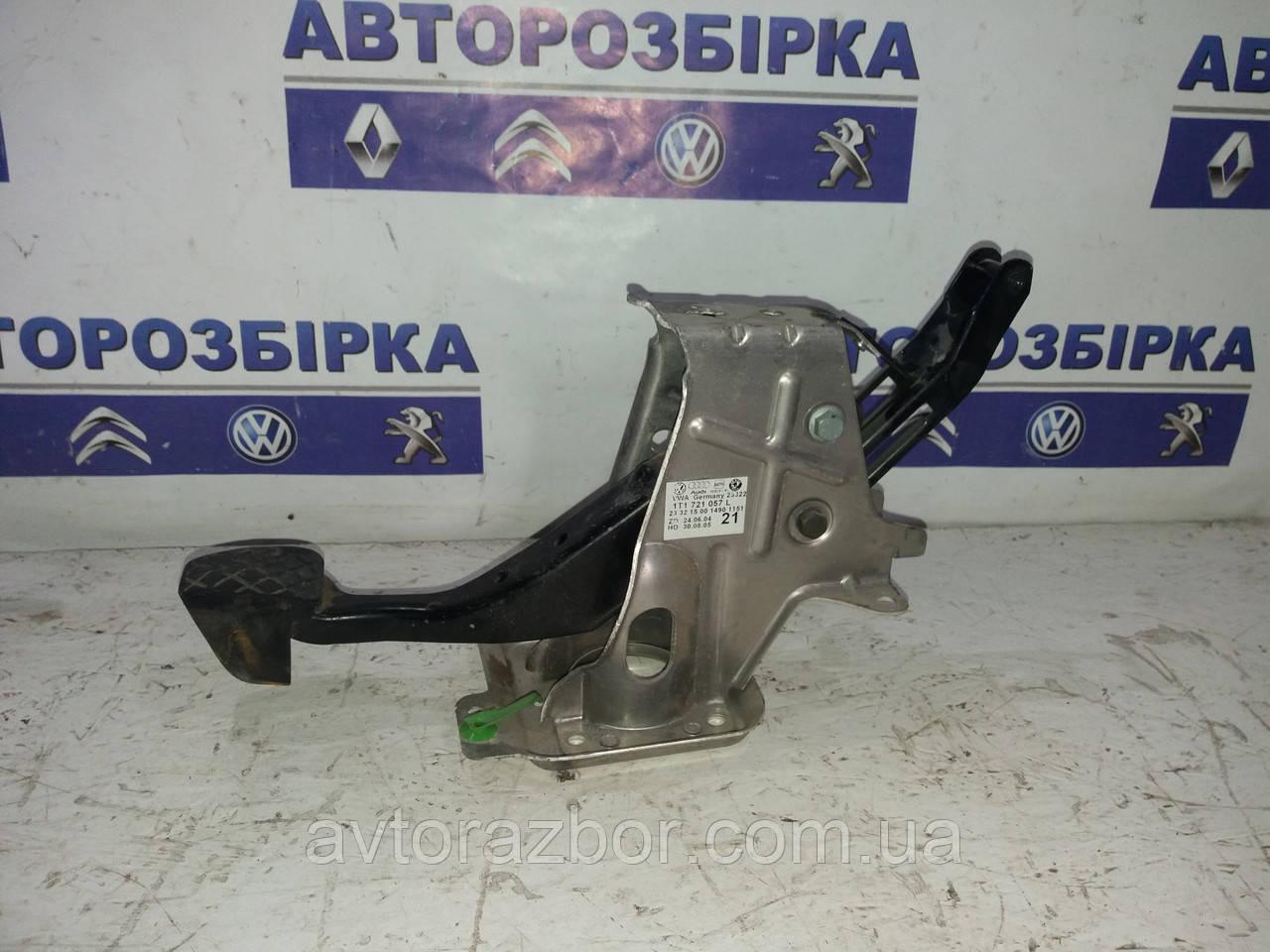 Педаль тормоза Volkswagen Caddy 04-09 Фольксваген Кадди кадді