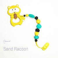 Силиконовая игрушка-грызунок на держателе Sand racoon BABY MILK TEETH