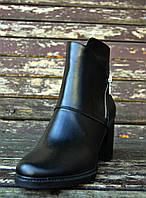Кожаные ботинки на каблуке, фото 1