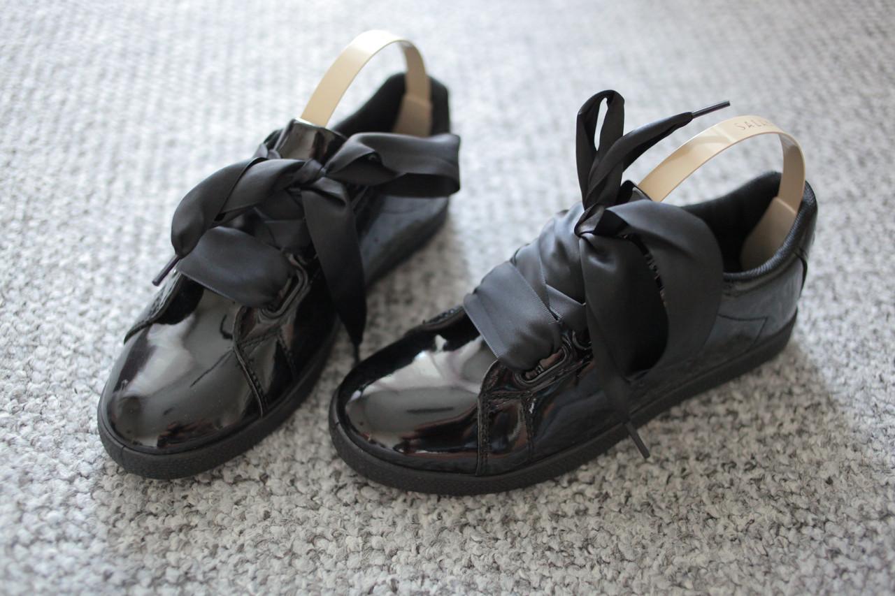 Женские лаковые черные туфли с широкими шнурками Италия 38