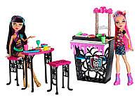 Набор куколок с мебелью Monster High Cleo de Nile and Howleen Wolf., фото 1