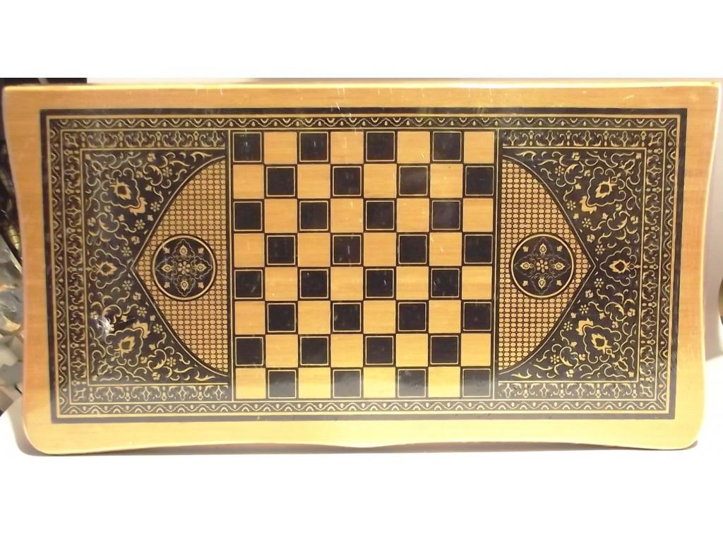Набор 2 в 1: шахматы + нарды. Бамбук. Размеры: 45 см х 48 см