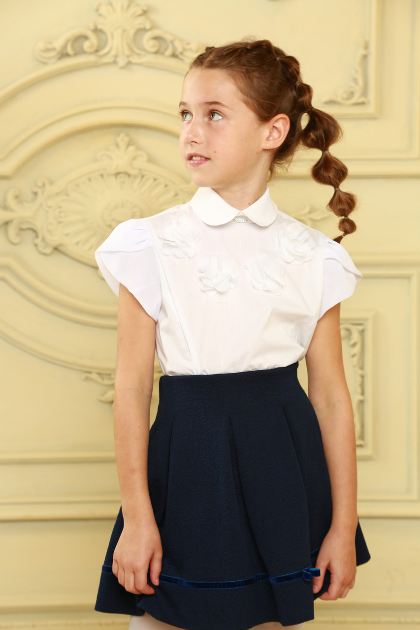 Стильная школьная блузка