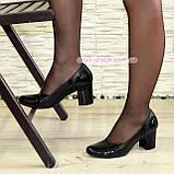 """Женские классические туфли на каблуке из натуральной кожи и лаковой кожи """"питон"""", фото 2"""