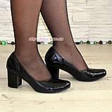 """Женские классические туфли на каблуке из натуральной кожи и лаковой кожи """"питон"""", фото 3"""