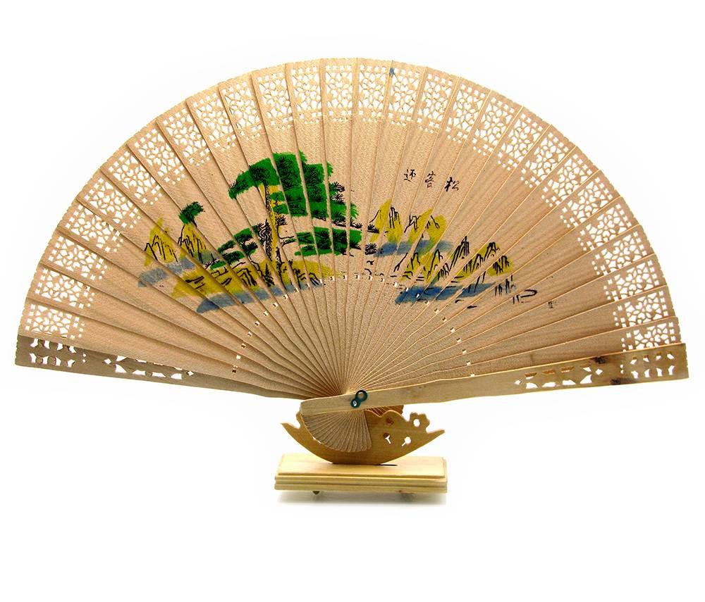 Веер деревянный резной (20,5 см)