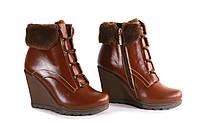 Коричневі зимові черевики на танкетці, фото 1