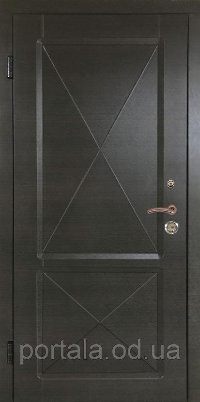 """Входная квартирная дверь """"Портала"""" (серия Стандарт) ― модель Граф 3 с 3D фрезеровкой"""