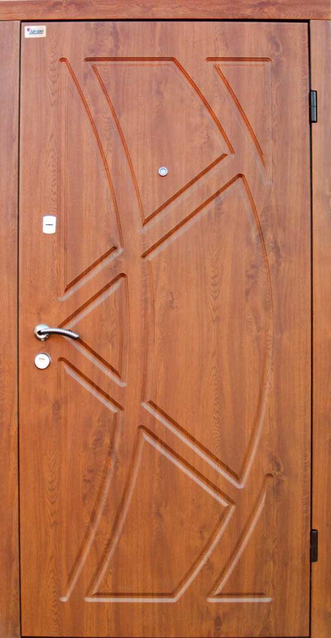"""Входная дверь """"Портала"""" (серия Люкс) ― модель Магнолия"""