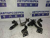 Ролик боковой сдвижной двери правой левой средний Volkswagen Caddy 04-09 Фольксваген Кадди Кадді