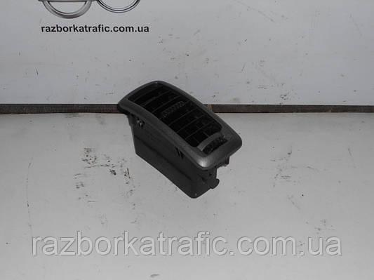 Решетка воздуховода (дефлектор) на Renault Trafic, Opel Vivaro, Nissan Primastar