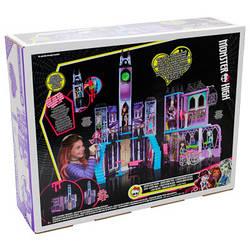 Игровой набор Monster High Deluxe High Scool DMF91