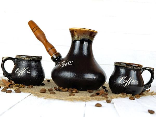 Турка Восточная керамическая с деревянной ручкой и двумя чашками 400 мл