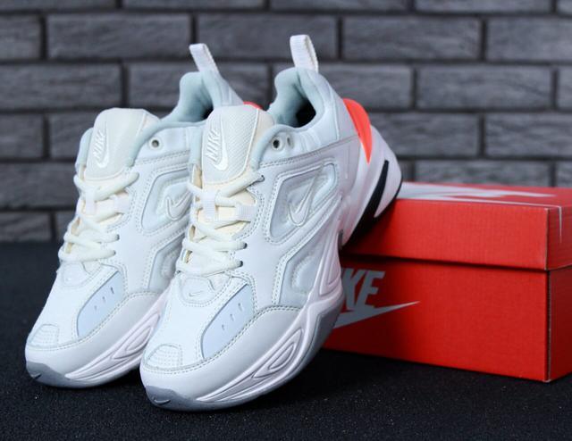 Белые кроссовки Nike M2K Tekno фото