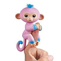Интерактивная ручная обезьянка Кэнди, розовая с голубым, Fingerlings Baby Monkey, Candi WowWee оригинал из США
