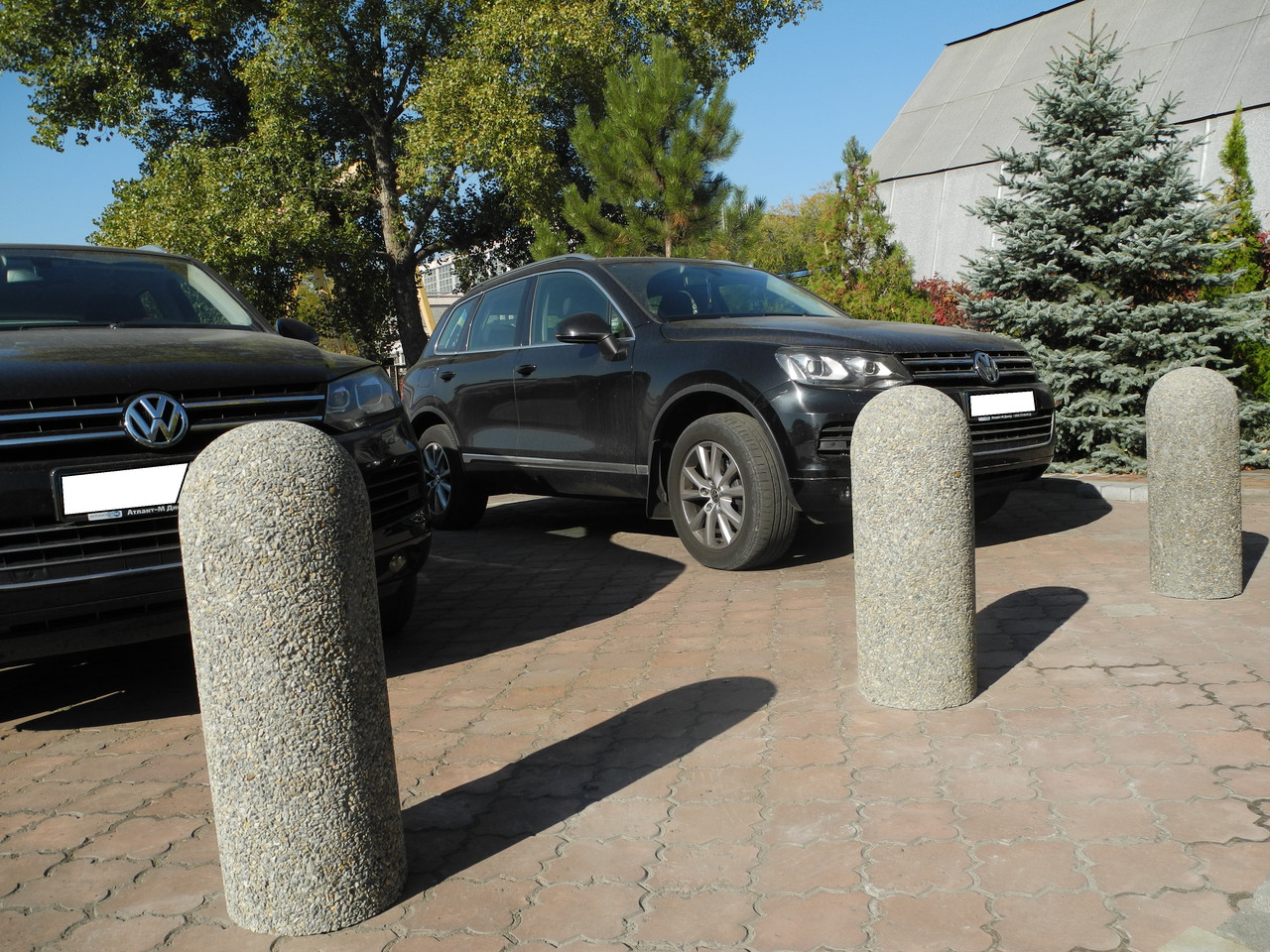 Столбик парковочный галька