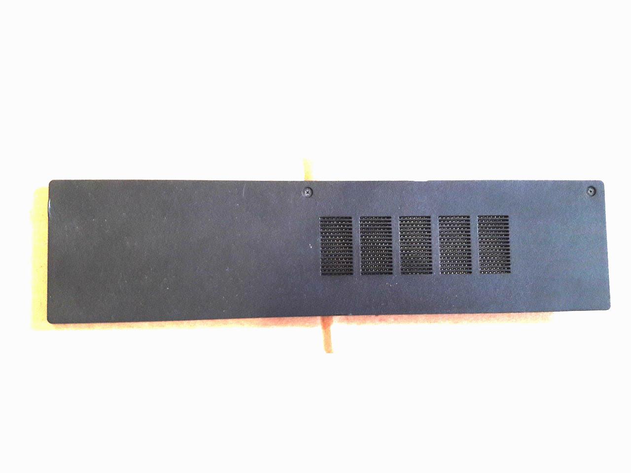 Крышка заглушка Dell Inspiron 15-3531 P28F