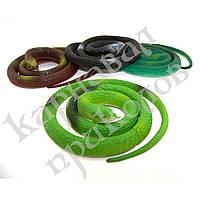 Резиновая змея 70см зеленая
