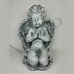 Статуэтка Ангелочек молится на коленях 25 см