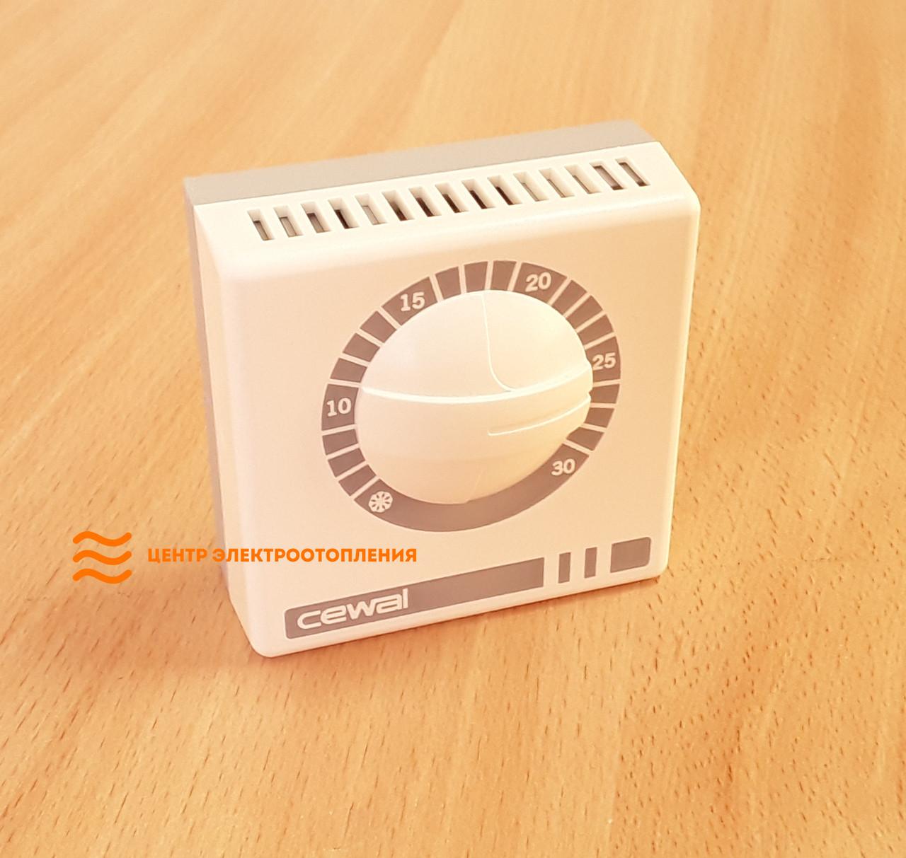 Терморегулятор для обогревателей Cewal RQ01