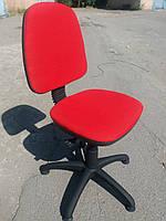 Кресло офисное б/у. Модель Регал+ стопки. Цвет:красный