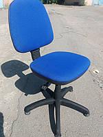 Кресло офисное б/у. Модель Регал+ стопки. Цвет:синий