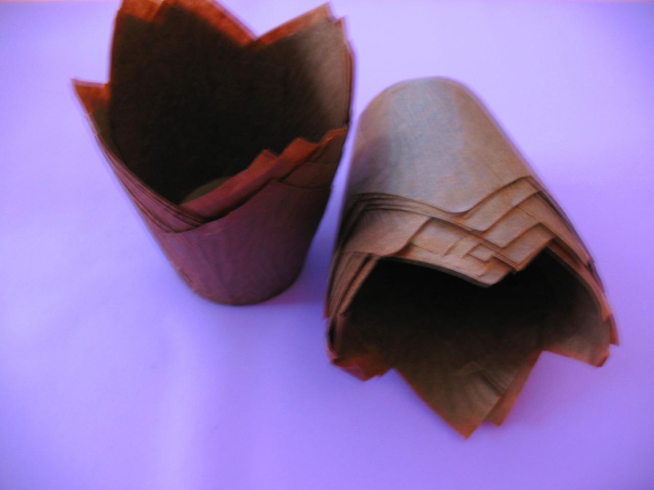 Тарталетки бумажные для кексов, капкейков коричневые тюльпан