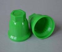 Пластиковый колпачок на гайку колеса грузового автомобиля, 32 мм, зеленый.