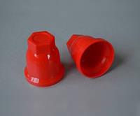 Пластиковый колпачок на гайку колеса грузового автомобиля, 32 мм, красный.