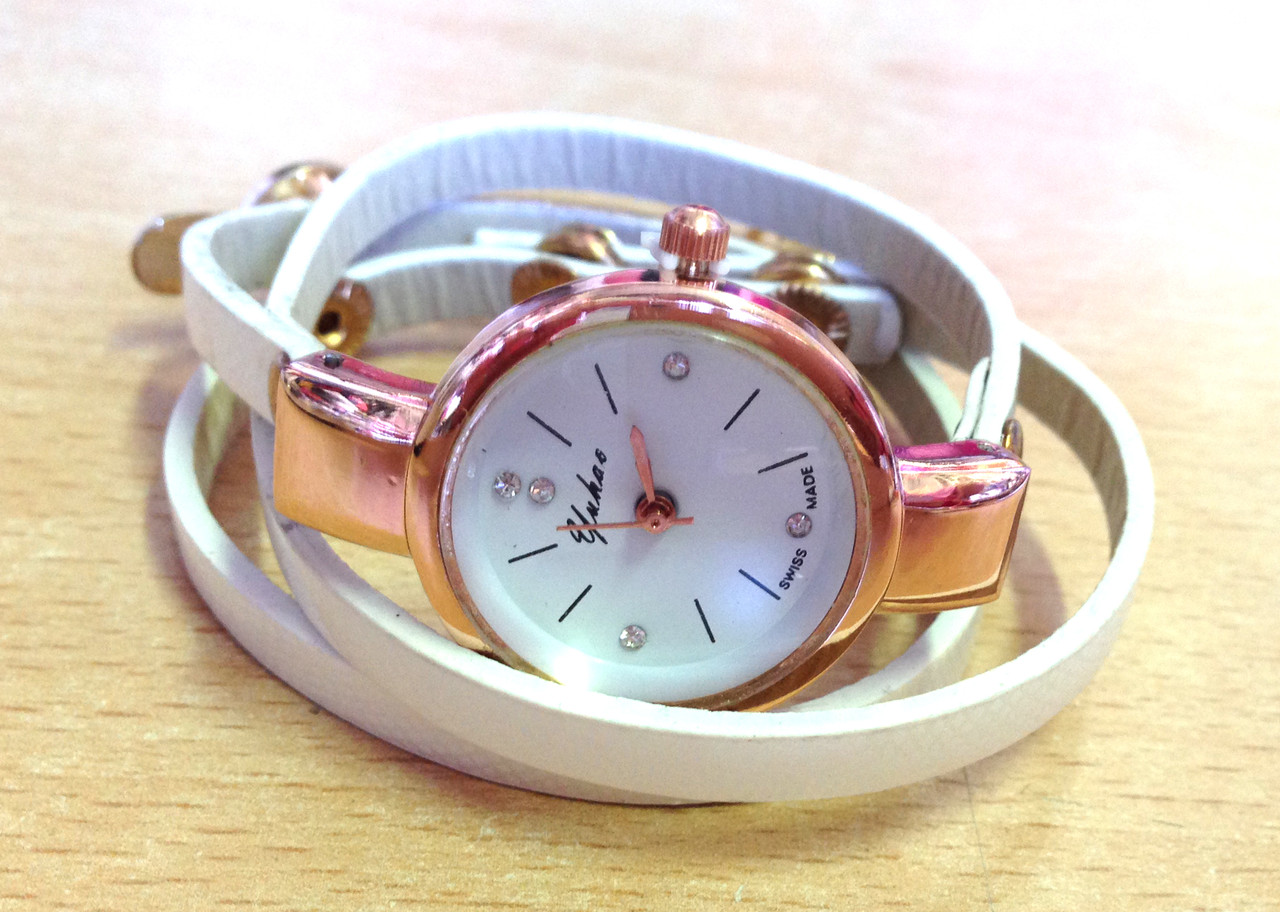 Женские часы, кварцевые белые