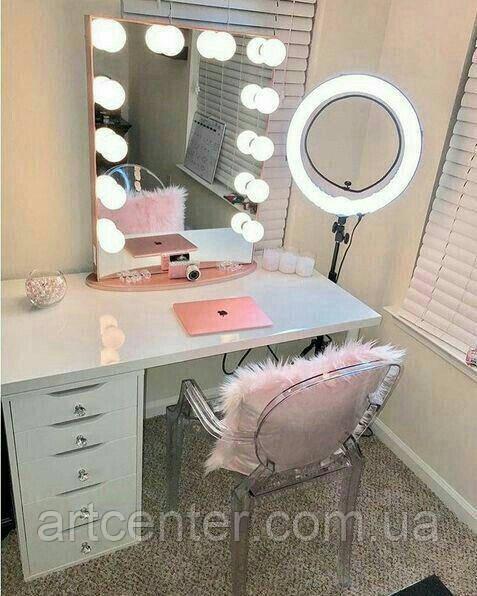 Туалетный столик, гримерный столик, стол с ручками-кристалами для визажиста