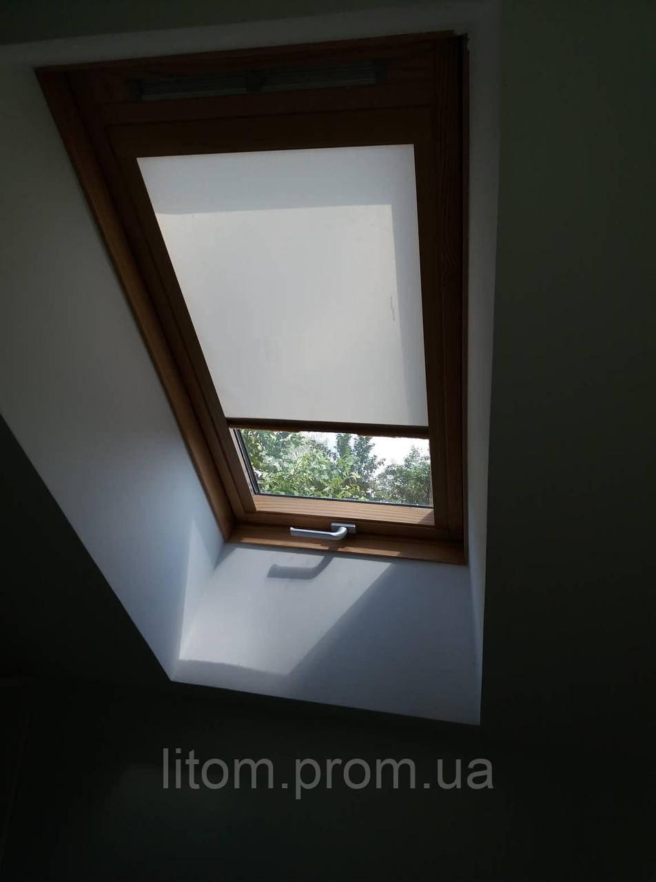 Ролета на мансардное окно. Изготовление под индивидуальный размер.