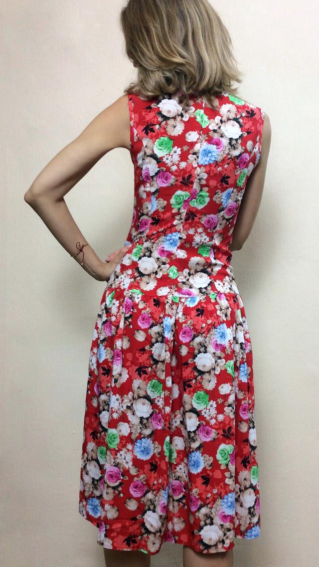 Красное платье без рукавов из штапеля П240