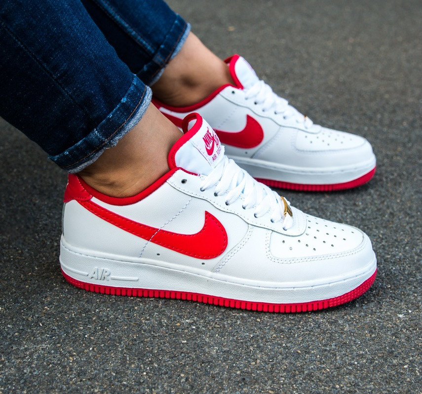 5b673ea3 Кроссовки в стиле Nike Air Force 1 Low Retro Sneakers White/Red женские -  Интернет