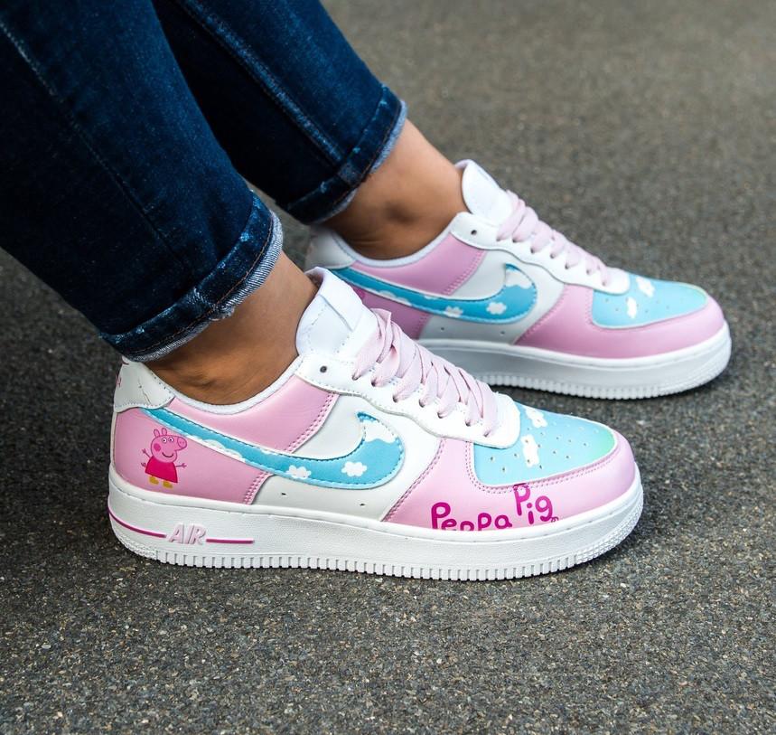 c808ff29 Кроссовки в стиле Nike Air Force 1 Low Retro Sneakers Pepa Pig женские -  Интернет-