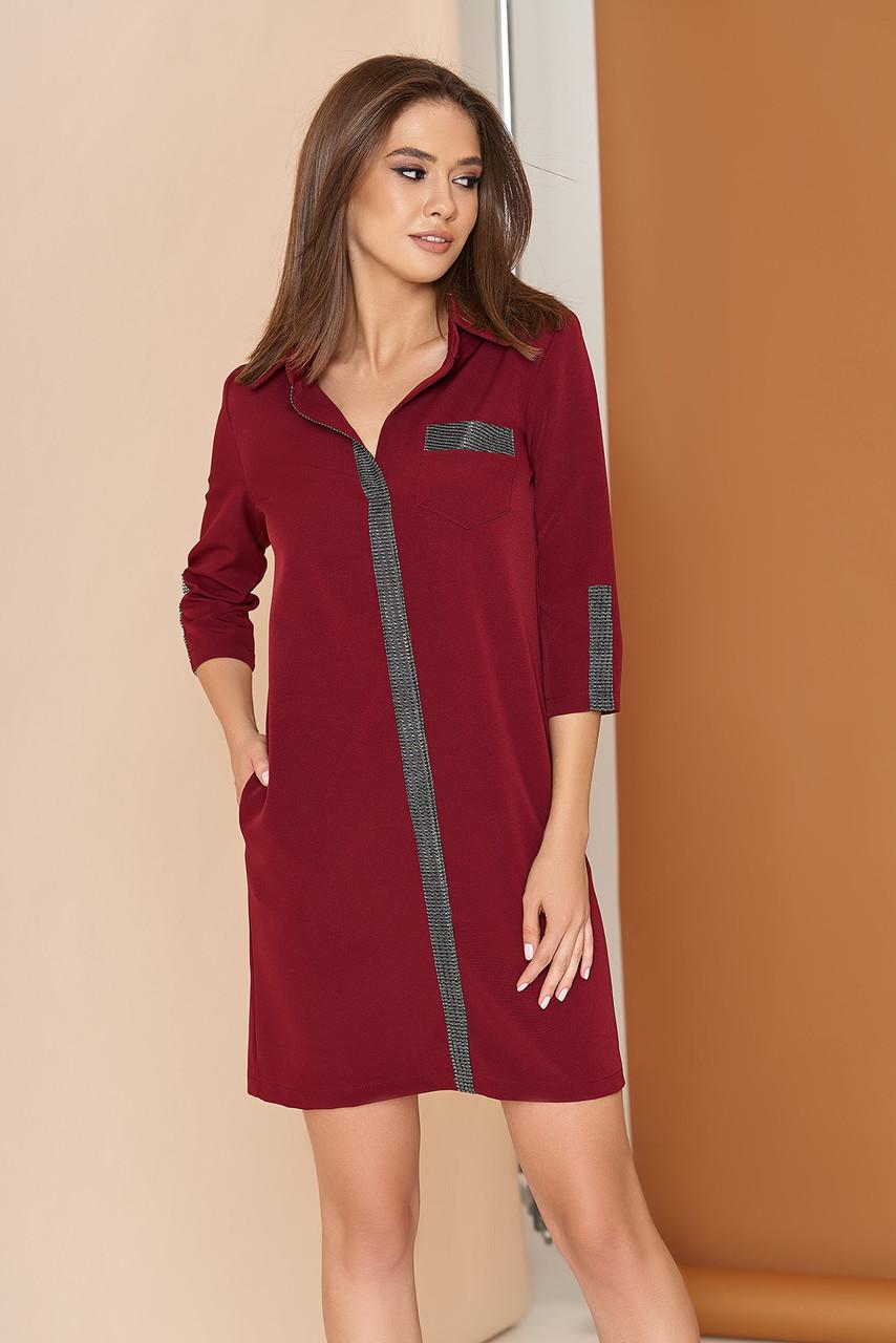 Осеннее платье рубашка мини свободного кроя с карманами воротник рукав три четверти бордовое