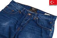 Тонкие летние джинсы. 32