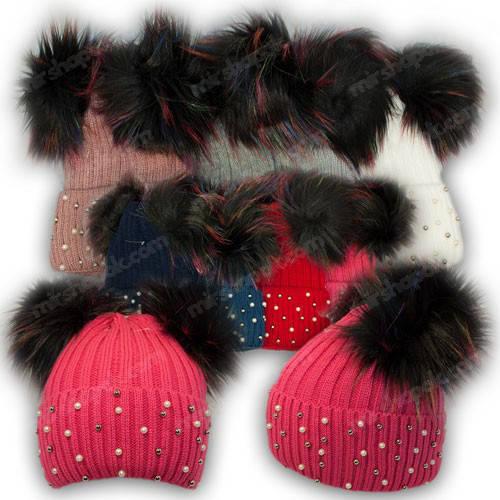 Вязанная шапка с бусинками и двумя помпонами для девочки, р. 50-52