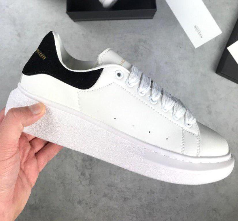 Женские и мужские кроссовки Alexander McQueen Oversized Sneakers