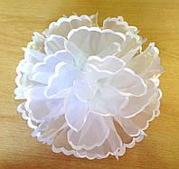 Бант ручной работы белый, диаметр 15 см
