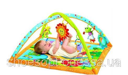 Мобили, карусели, погремушки, коврики для малышей