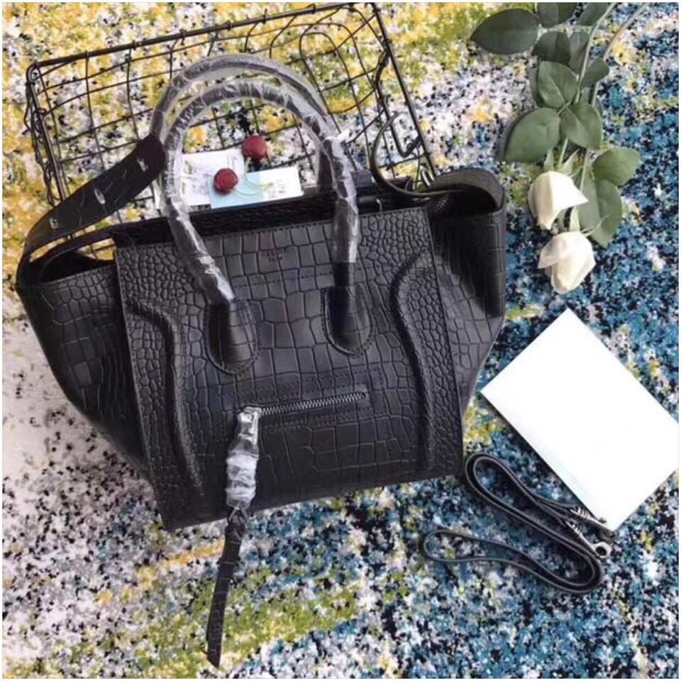1065d7464f02 Сумка Селин Fantom рептилия, натуральная кожа, цвет черный: продажа ...